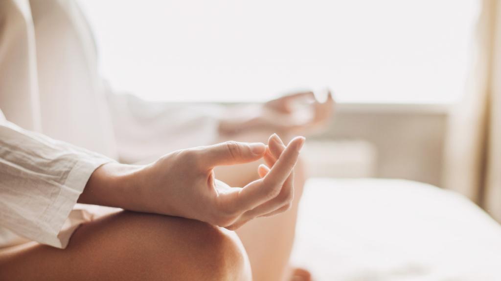 yoga-alternative-chronic-pain-management